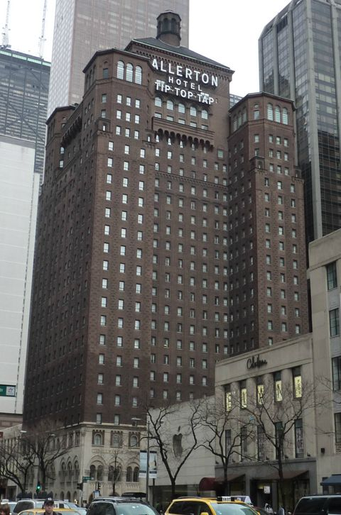 The Allerton Chicago on Magnificent Mile (Building)