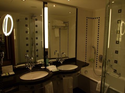The Westin Grand Munich (Room and features)