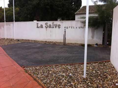 La Salve  (Surroundings)