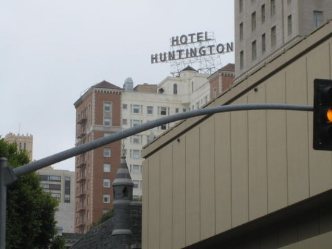 The Huntington (Building)