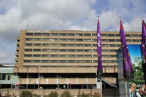 Sheraton Frankfurt Airport Hotel & Conference Center (Building)
