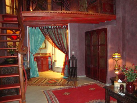 Riad Lorsya (Room and features)