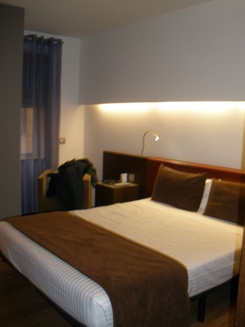 Ayre Hotel Gran Vía (Room and features)