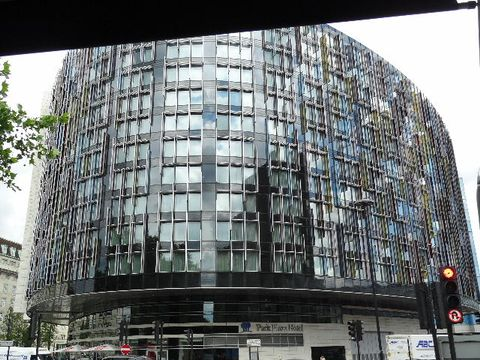 Park Plaza Westminster Bridge London (Edificio)
