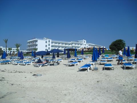 Asterias Beach (Playa)