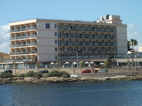 Marina Luz (Edificio)